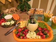 dinosaur birthday party - healthy snacks and cute presentation