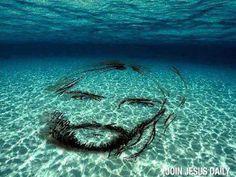 Printable Pictures of Jesus Face  Jesus Face Print  Jesus
