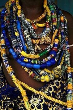 I love Ghanaian beads. Have a huge box full of them. Here: Krobo beads from Ghana. Ethnic Jewelry, African Jewelry, Beaded Jewelry, Beaded Necklace, African Necklace, Necklaces, Bead Jewellery, African Design, African Art