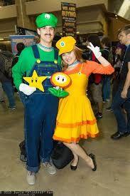 Coolest homemade mario luigi toad and princess daisy group costume similar ideas solutioingenieria Choice Image