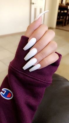 In look for some nail designs and ideas for your nails? Here is our list of must-try coffin acrylic nails for modern women. Simple Acrylic Nails, Summer Acrylic Nails, Acrylic Nail Designs, Acrylic Art, Summer Nails, Bright Gel Nails, Ballerina Acrylic Nails, Long Nail Designs, Winter Nails