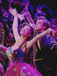 Looks like Sierra Boggess and Hadley Fraser in the 25th anniversary production