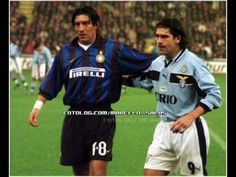 Ivan Zamorano and Marcelo Salas together, but in different teams Ronaldo Inter, Ss Lazio, Good Soccer Players, Great Names, Alain Delon, Football Soccer, Football Shirts, Milan, Athlete