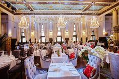 Top 6 Modern Chairs For The Trendiest Hotel Restaurants /best hotels, modern furniture, dining room ideas / #best hotel interior designs #dining room chairs #fancy / See also: http://www.designcontract.eu/furniture/modern-chairs-trendiest-hotel-restaurants/