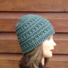 Green Womens Winter Beanie, Chunky Crochet Hat Chunky Crochet Hat, Knitted Hats, Crochet Hats, Crochet Winter, Winter Hats, Beanie, Trending Outfits, Wool, Unique Jewelry