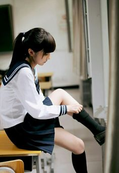 Japanese School Girl Cosplay ❁[Ane of The Wild Hunt]❁ Japanese School Uniform, School Uniform Girls, Girls Uniforms, High School Girls, School Uniforms, Visual Kei, Cute Asian Girls, Cute Girls, Sweet Girls