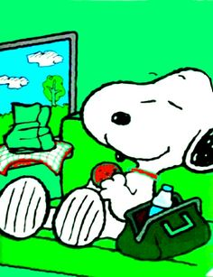 Snoopy Love, Charlie Brown And Snoopy, Snoopy And Woodstock, Peanuts Characters, Cartoon Characters, Fictional Characters, Peanuts Cartoon, Peanuts Snoopy, Snoopy Images