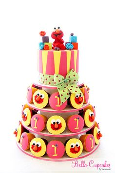 Baby Elmo cake - ADORABLE! by Vanessa @ Bella Cupcakes