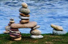 like the Canadian Inukshuk we saw in Vancouver Bay Rock Sculpture, Garden Sculpture, Stone Balancing, Stone Cairns, Ephemeral Art, Beautiful Rocks, Environmental Art, Stone Art, Stone Painting