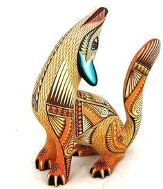 OAXACAN wood carving COYOTE - JULIA FUENTES & JUAN MELCHOR - OAXACA