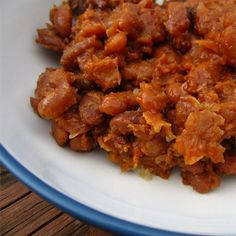 "Slow Cooker Baked Beans I ""AMAZING!! Tasted just like they were cooked for hours in the oven!!"""