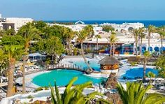 With those dramatic landscapes, this is one island you don't want to miss! Check out these Lanzarote family resorts for kids of all ages! Resorts For Kids, Family Resorts, Luxury Beach Resorts, Beach Hotels, Top Hotels, Family Travel, Costa, Images, Spain