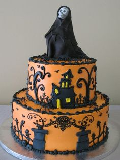 Halloween... This is one cool cake!