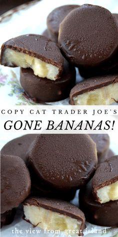 Copycat Trader Joe's Gone Bananas! Copycat Trader Joe's Gone Bananas is one of the simplest recipes Frozen Banana Recipes, Banana Dessert Recipes, Frozen Banana Bites, Köstliche Desserts, Frozen Desserts, Healthy Dessert Recipes, Fruit Recipes, Delicious Desserts, Snack Recipes