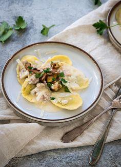 Ravioli selber machen mit Pilz-Sahne-Sauce