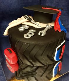 Auto mechanic graduation cake #utigraduationcake #automechaniccake #toolcake #graduationcake