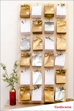 Xmas Crafts, Home Crafts, Diy Crafts, Christmas Mood, Gold Christmas, Diy For Kids, Wine Rack, Ladder Decor, Sweet Home