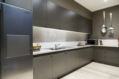 Modern scullery / butlers pantry