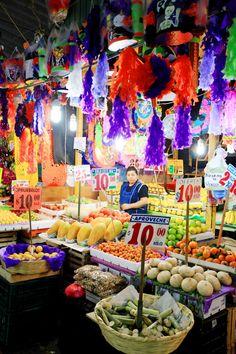 Pinata Market 14
