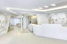 Raiffeisen - Open Lounge de DGJ+NAU   Diseño de tiendas