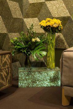 VIAPLANT LIGHT - Poa Open Up, Glass Vase, Lights, Interior Design, Home Decor, Nest Design, Decoration Home, Home Interior Design, Room Decor
