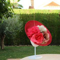 #headpiece #handmade #hats  #hechoamano  #carmenvivartocados  #millinery #milliner #millineryatelier…