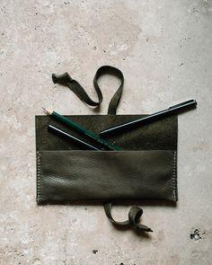 Signora e Mare Leather Pencil Case / Oh So Beautiful Paper