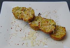 These are delicious Zucchini Tater Tots that we found on Pinterest. Crispy and delicious, if you are eating clean, this is a great fresh recipe to try!