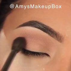 Glamouröse Rose Gold Augen Make-up - Makeup Hack - makeup Gold Eye Makeup, Makeup Eye Looks, Eye Makeup Steps, Eyebrow Makeup, Makeup Eyes, Neutral Makeup, Makeup Looks Tutorial, Smokey Eye Makeup Tutorial, Make Up Kurs