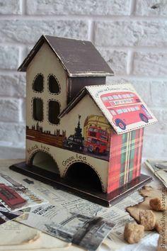 """Чайный домик """"Лондон"""" - чайный домик,коробка для чая,лондон,английский завтрак Arte Country, Bird Houses, Tea Houses, Decoupage Box, Tea Box, Miniature Houses, British Style, Home Art, Paper Crafts"""