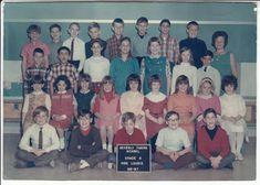 School Grades, School Days, High School, Fifth Grade, Third Grade, Class Pictures, Golden Rule, Holiday Photo Cards, School Classroom