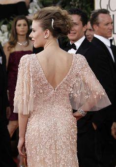 Scarlett Johansson Golden Globes 2011 Elie Saab (back! Mother Of Groom Dresses, Mothers Dresses, Gala Dresses, Bridal Dresses, Mom Dress, Lace Dress, Dress Brokat, Celebrity Dresses, Hollywood Glamour
