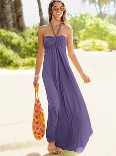 I need this for Miranda!!  Gorgeous for beach pics! :)