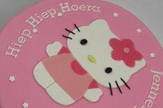 Hello Kitty taart voor een candy table