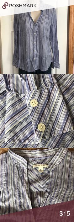 Banana Republic Medium Blue Striped Career Shirt Banana Republic womens size medium blue striped career shirt. This is a thin shirt so you'll want to wear a cami underneath. Gently used with no flaws. Banana Republic Tops Button Down Shirts