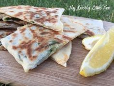 Gozleme is absolutely delicious, so easy to make at home and one of my kids favourite dinners and I love making it. Cooking Chicken To Shred, How To Cook Chicken, Bake Off Recipes, Cooking Recipes, Leftover Roast Lamb, Pikelet Recipe, Kids Meals, Easy Meals, Light Recipes