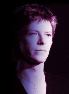 Bowie looking beautiful