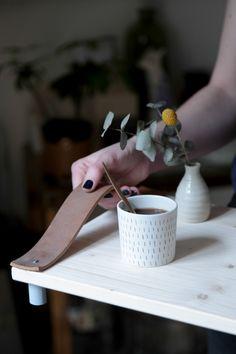 DIY plateau en bois et cuir                                                                                                                                                     Plus