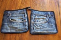 206 Jeans Topflappen 2 Stück by on Etsy - DIY-Jeans Jean Crafts, Denim Crafts, Denim Ideas, Sewing Aprons, Jeans Material, Old Jeans, Recycled Denim, Denim Bag, Clothes Crafts