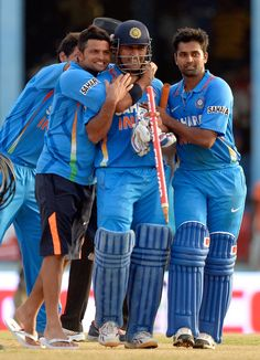 India have won the West Indies Tri-Series Tournament Trophy. India beat Sri Lanka by 1 Wicket with 2 balls remaining. MS Dhoni and Virat Kohli accept the winners trophy (after the presenter had forgotten about it). Man of the Match: MS Dhoni for his match-winning 45 off 52 balls.Man of the Series: Bhuvneshwar Kumar for claiming ten wickets in four matches at an average of 9.70. Rohit Sharma gets an award for being the most trusted player. History Of Cricket, World Cricket, Cricket Bat, Cricket Sport, Dhoni Quotes, Ms Dhoni Wallpapers, Pilates, Cricket Quotes, Ms Dhoni Photos