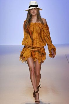 Emanuel Ungaro Spring 2009 Ready-to-Wear Collection