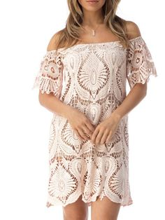 (http://www.meganslifestyleboutique.com/sky-clothing-gerdeas-dress-blush/)