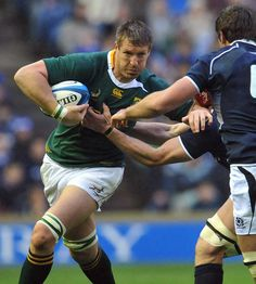 """John Philip """"Bakkies"""" Botha, (born 22 September 1979 in Newcastle, KwaZulu-Natal Province) is a South African rugby union player who played as a lock for the Springboks until 22 November 2014 Rugby Teams, Rugby Players, South African Rugby, Australian Football, Tough As Nails, 22 November, Kwazulu Natal, Rugby League, African History"""