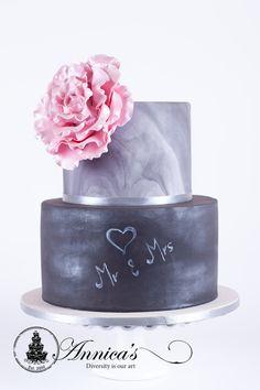 Mr & Mrs Wedding cake , chalkboard cake by Annica's Designer Cakes