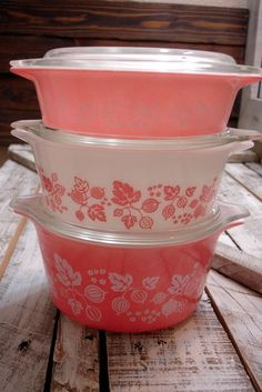 Vintage Pyrex Cinderella Gooseberry Pink Bake, NEED FOR MY NEW PINK KITCHEN!
