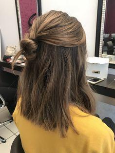 # longbob # haircut # balayagehighlights # trend # color # hsir @ myhairandbeauty - lange bob frisuren - Идеи причесок - Haare und Make-up Bob Updo Hairstyles, Trending Hairstyles, Hairstyle Ideas, Medium Hairstyle, Easy Hairstyle, Longbob Hair, Long Bob Haircuts, Balayage Highlights, Blonde Balayage