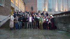 Die meisten Assassinen haben sich in Köln zu uns gesellt. Da haben wir uns es natürlich nicht nehmen lassen, alle auf einem Gruppenfoto zu verewigen.