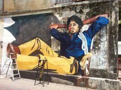 Ranjit Dahiya's mural of Amitabh Bachchan at Bandstand, Bandra