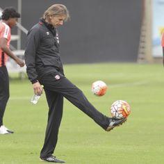 Perú vs. Chile Ricardo Gareca trabaja en total hermetismo para duelo por Eliminatorias Rusia 2018 - Líbero