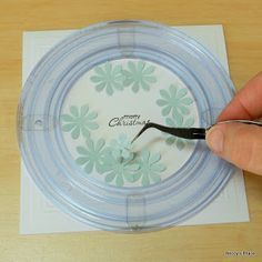 Wreath Card • great idea to use a frame to form the circle - no drawn lines on the card. It's also a good use of those old Creative Memories cutting templates.